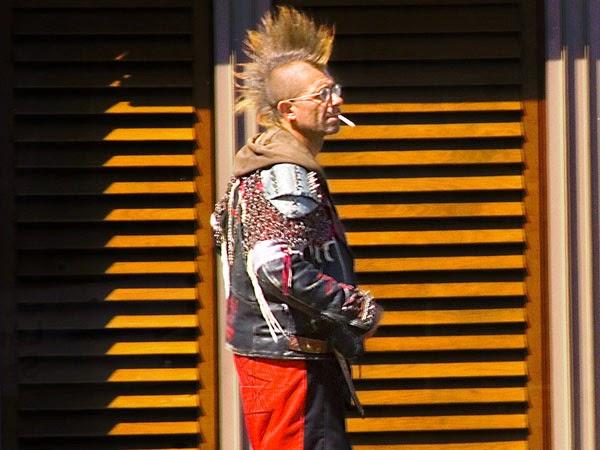 [Image: Gaya-Rambut-mowhawking-hunk-Mohawk.jpg]