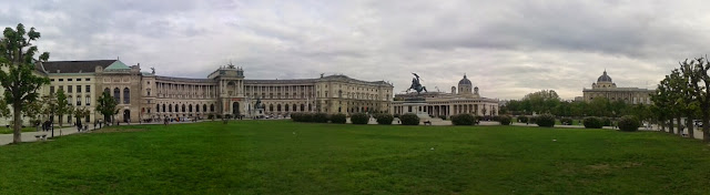 Panorama Wiener Hofburg and National library