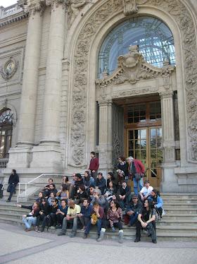 En el frontis del Museo Nacional de Bellas Artes.