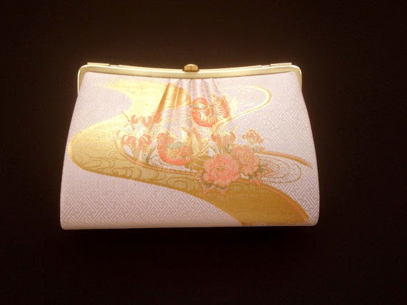 https://www.etsy.com/listing/200196352/vintage-japanese-kimono-clutch-with-gold