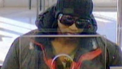 Suspeito rouba bancos sob ameaça de detonar uma bomba nuclear