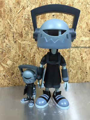 "Hi-Def 24"" Resin Figure by kaNO"