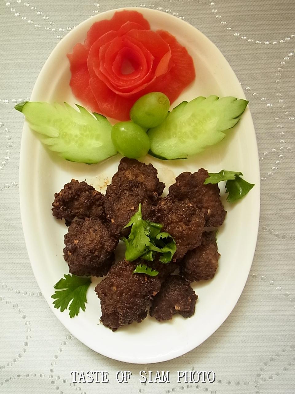 Fried Meatballs (หมูก้อนทอด) ~ Taste of Siam