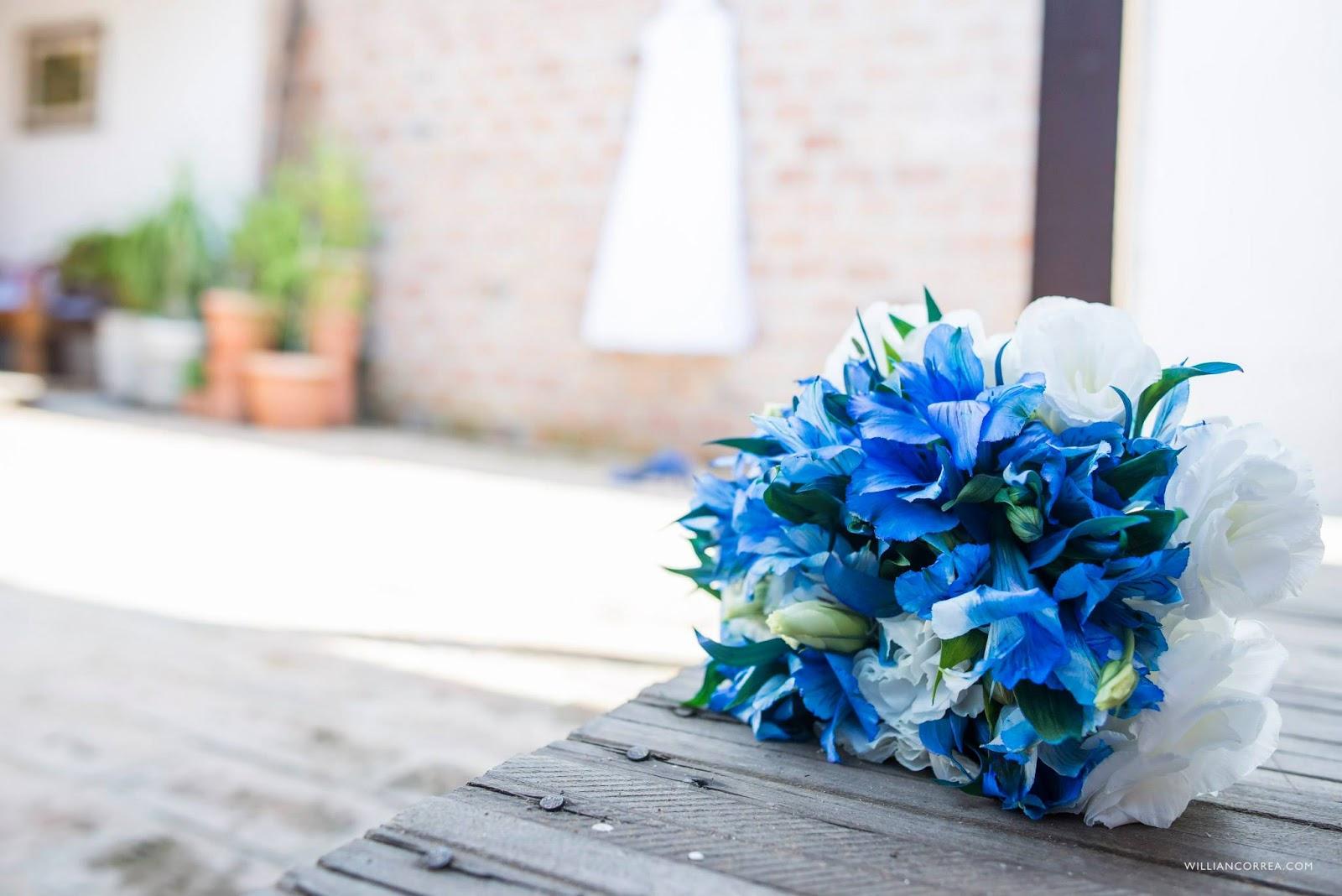 De casinha nova: Desafio Papo de Blogueiras Azul #136BB8 1600x1068 Banheiro Azul Banda