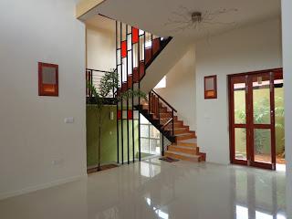 Properties in sri lanka 922 a beautiful luxury house for Balcony designs pictures sri lanka