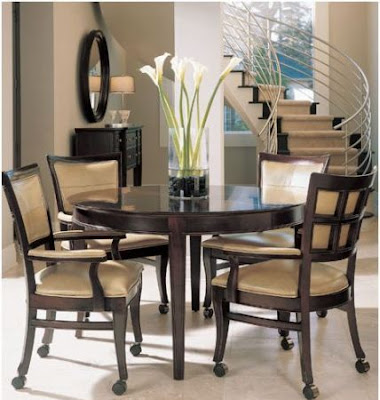 Designing home decorating a dining table 1 for Round kitchen table decorating ideas
