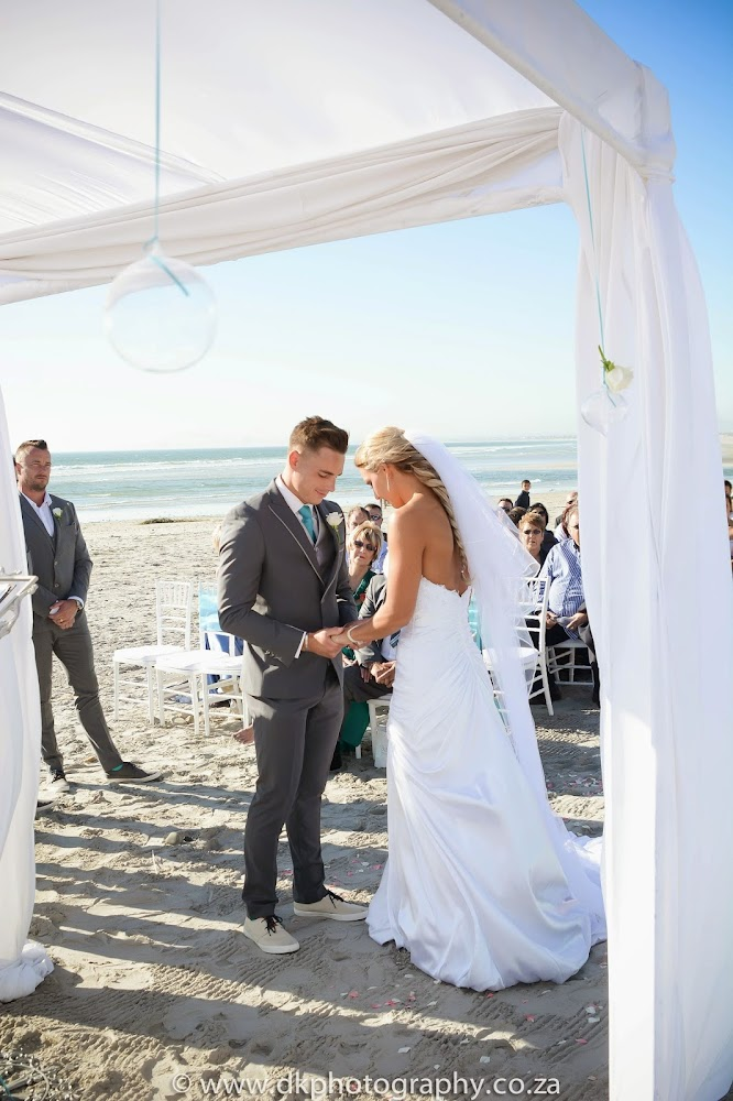 DK Photography CCD_6556 Wynand & Megan's Wedding in Lagoon Beach Hotel  Cape Town Wedding photographer
