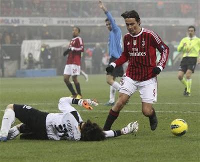 AC Milan 2 - 1 Novara (2)