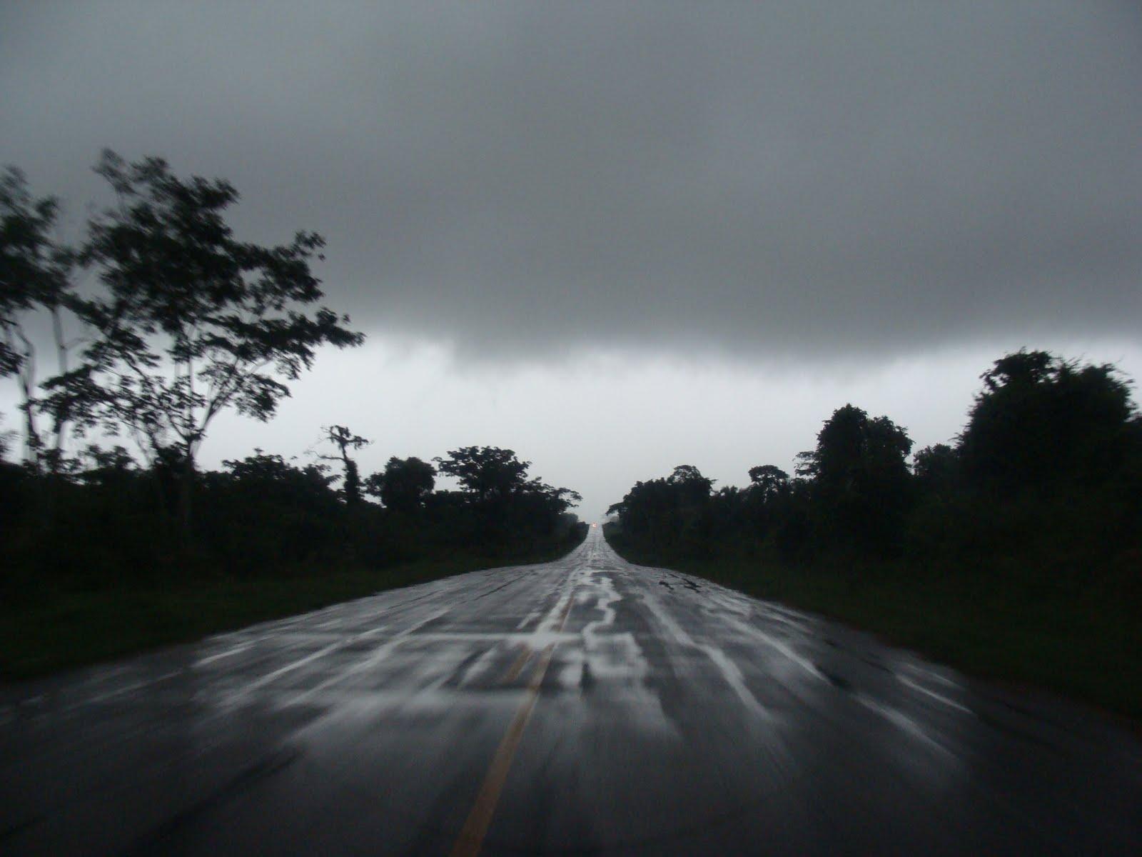 PURUS ON LINE: Foto imagem: a estrada em tempo de chuva