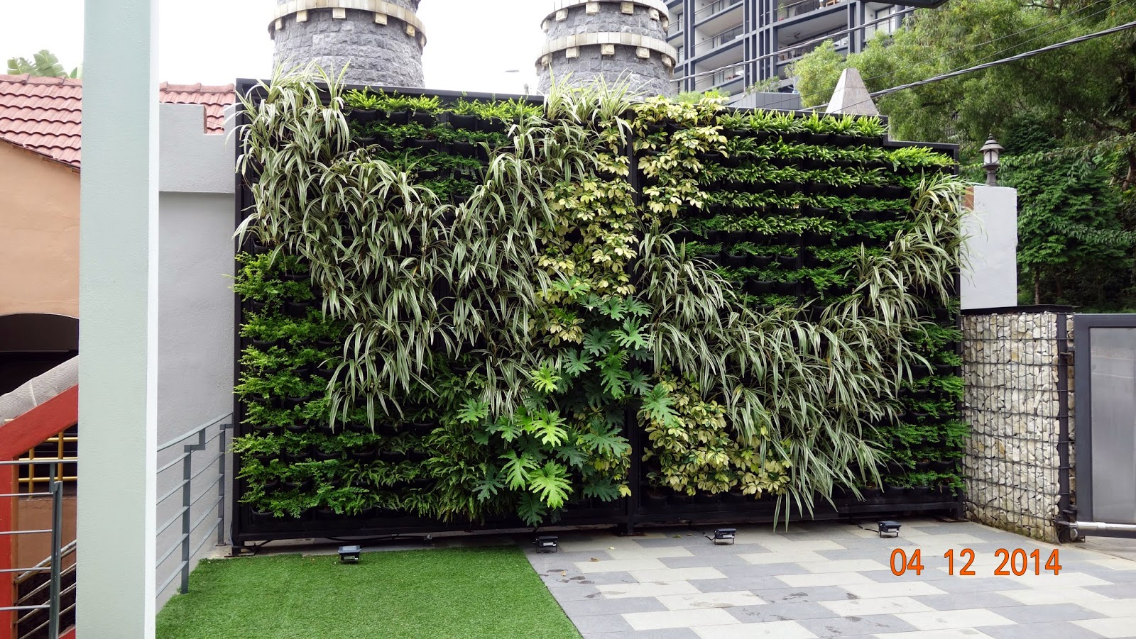 vertical garden concept for buildings greenwall vertical. Black Bedroom Furniture Sets. Home Design Ideas