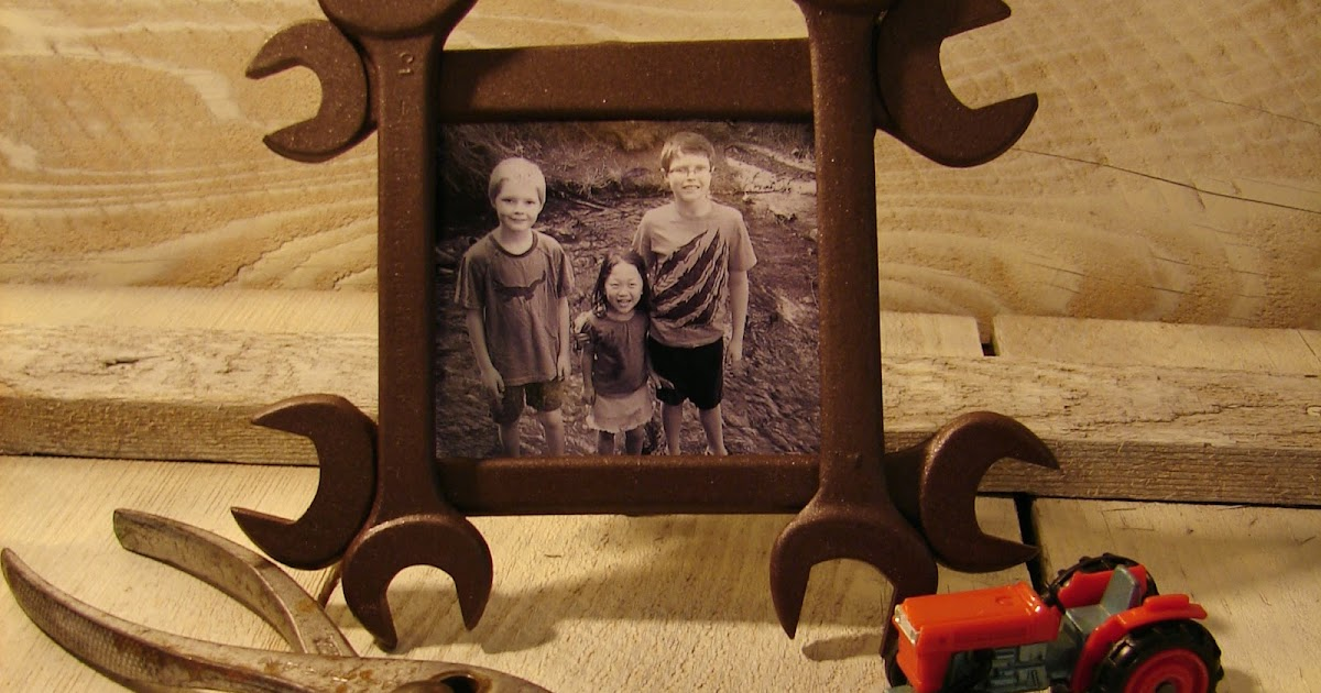 muchmore creative wrench frame - Wrench Picture Frame