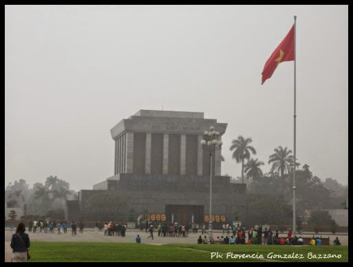 mausoleo de ho chi mihn