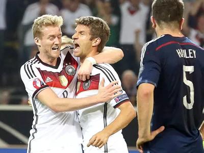 Thomas Muller Alemanha 2 x 1 Escócia Eliminatorias Eurocopa 2016