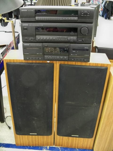 dirt cheap audio blog thrift store stereo kenwood stereo. Black Bedroom Furniture Sets. Home Design Ideas