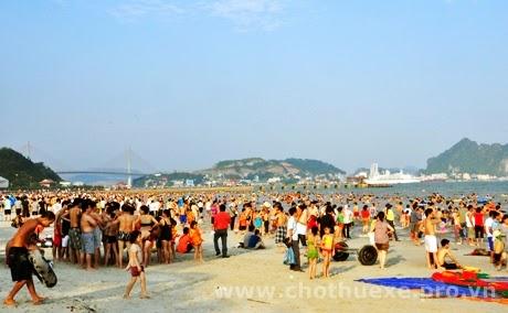 Cho thuê xe đi Bãi Cháy du lịch Hạ Long Quảng Ninh 2