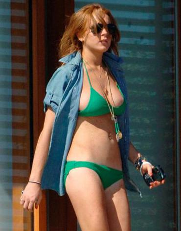 lindsay lohan mean girls pics. Lindsay Lohan#39;s apparently