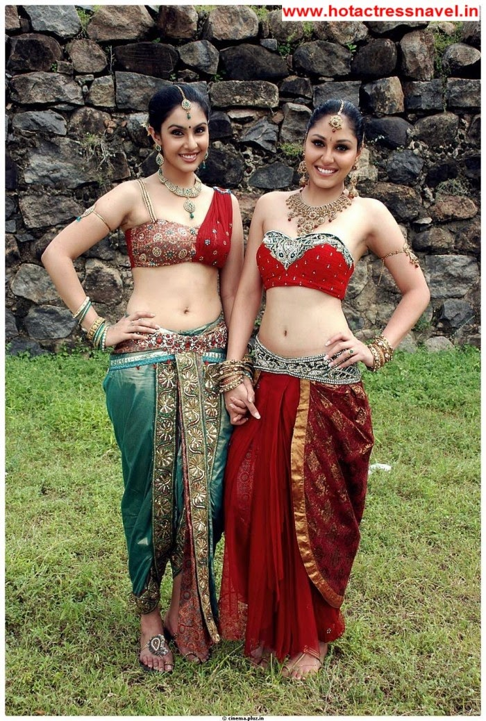 Pooja Chopra and Divya Parameshwaran Hot Navel Show and Hip Show In Rajakota Rahasyam Set 2