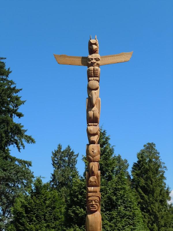 Totem pole Stanley Park Vancouver