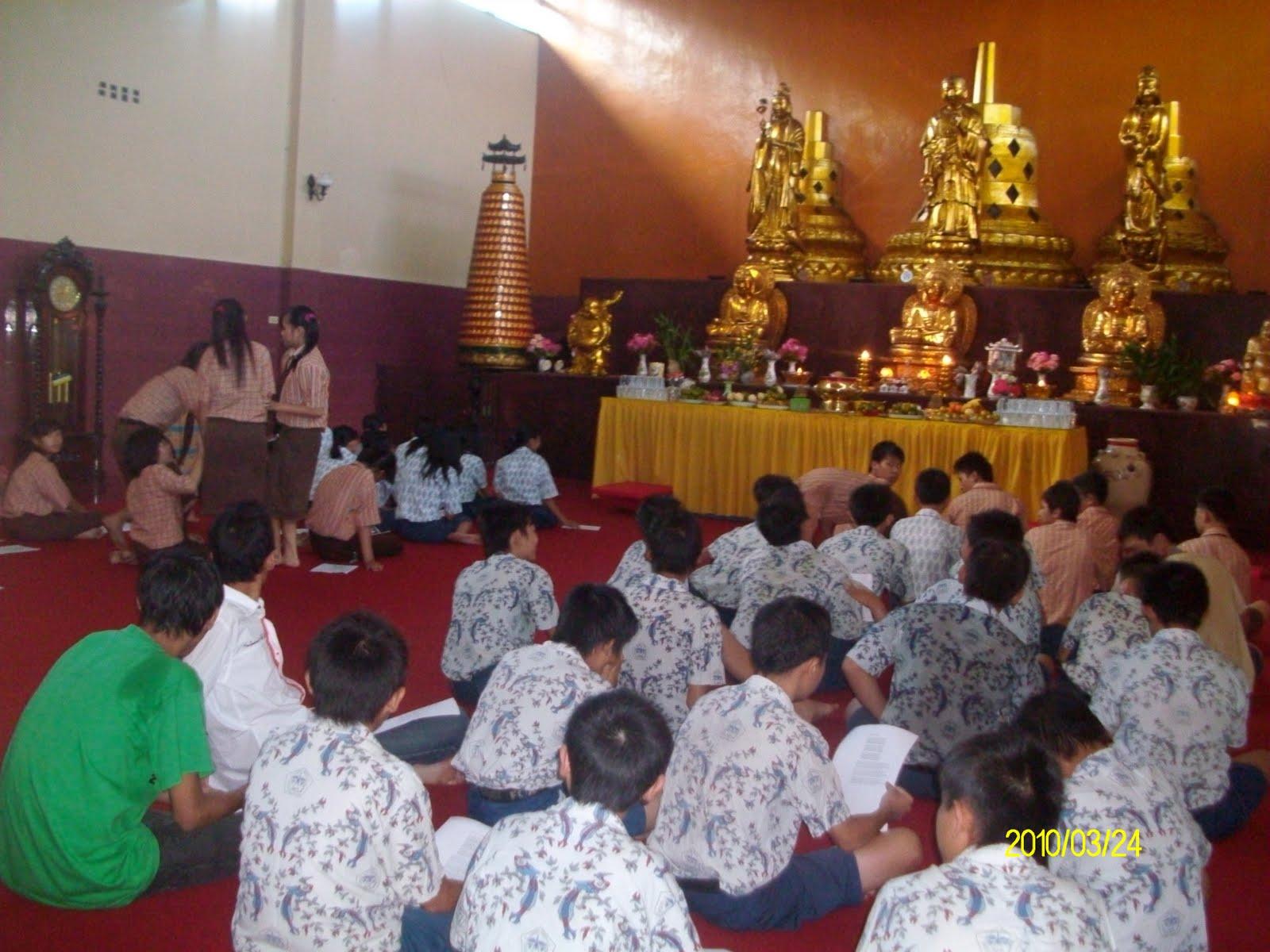 Kumpulan Materi Agama Buddha Tempat Kebaktian Agama Buddha