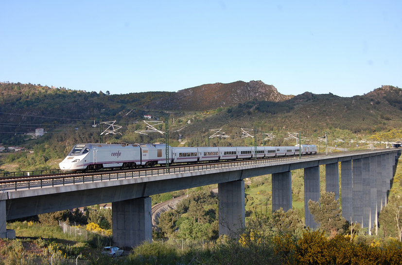 Asturtren nuevos servicios ferroviarios entre galicia y - Madrid olmedo ...