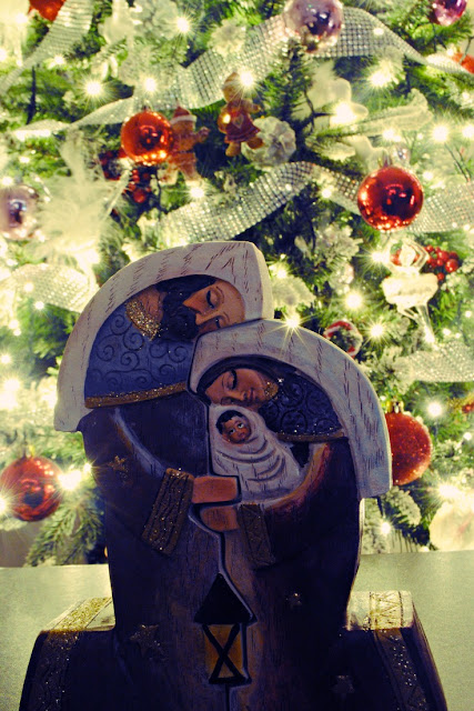 This gorgeous Nativity is the latest addition to my Christmas decs. I love it!