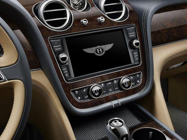 Salpicadero del nuevo Bentley Bentayga 2016