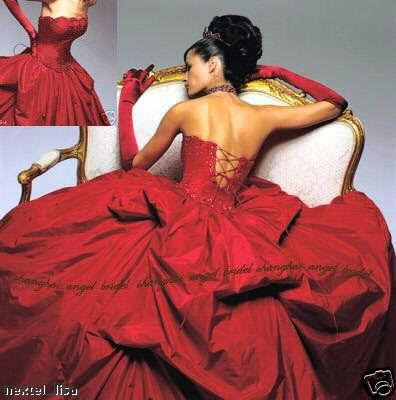 A red wedding gown can wow a crowd if worn with pride and elegance