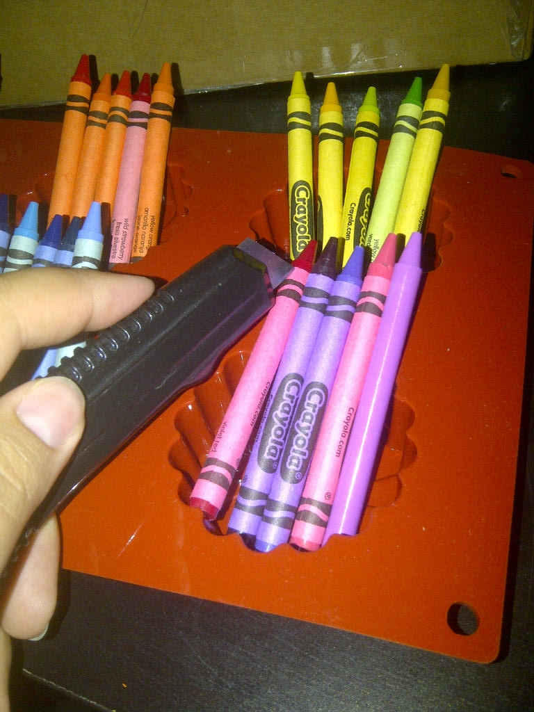 how to get crayon wrappers off easily
