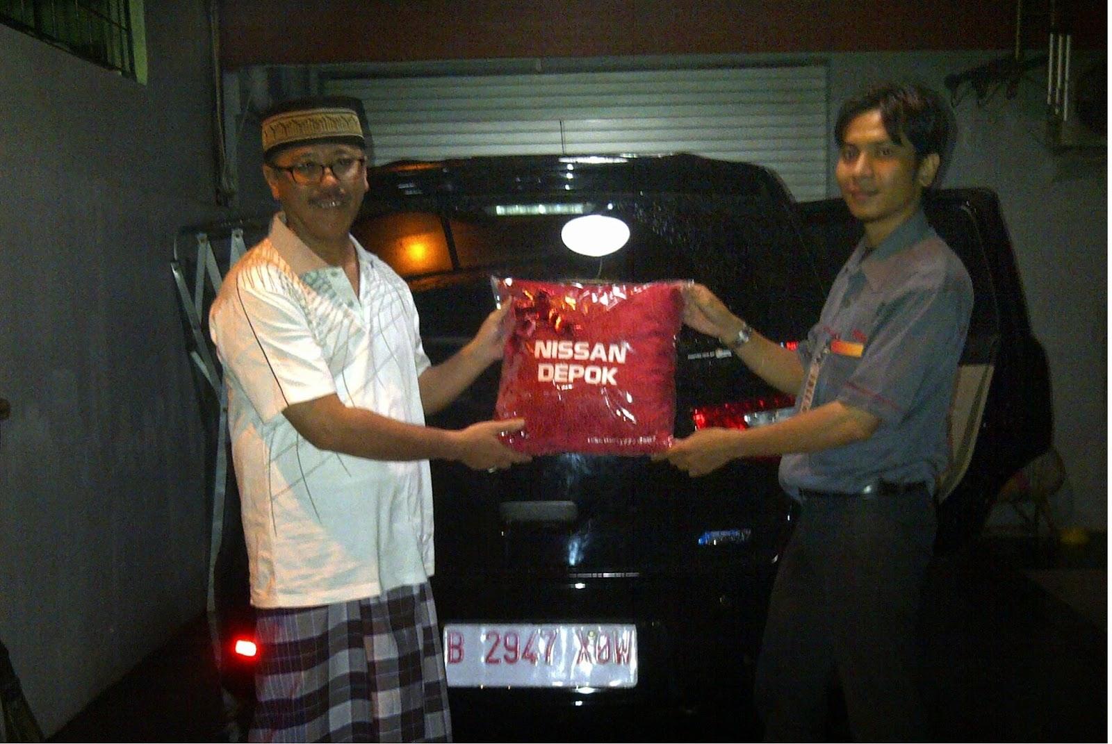 Terimakasih atas kepercayaan Bapak Agung yang telah membeli Grand Livina CVT melalui media www.touchnissan.com.  Semoga Berkah ya Pak...