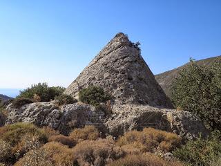 Η άγνωστη πυραμίδα των Χανίων (Επιτόπια Έρευνα Ερ.Ε.Ν.Ζω)