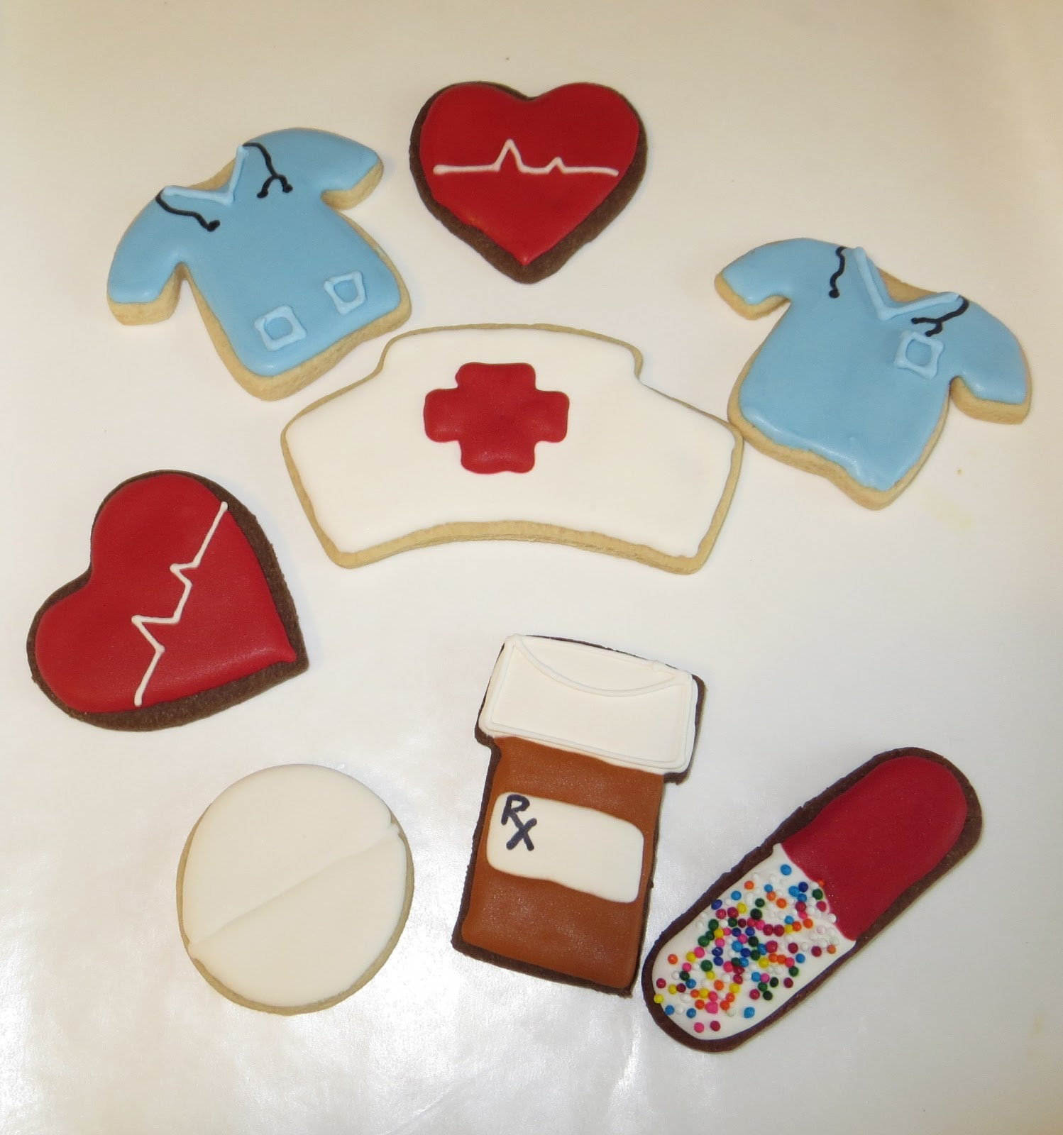 Chick n Biscuits Nurse Themed Cookies : IMG2454cr from achicknbiscuits.blogspot.com size 1498 x 1600 jpeg 201kB