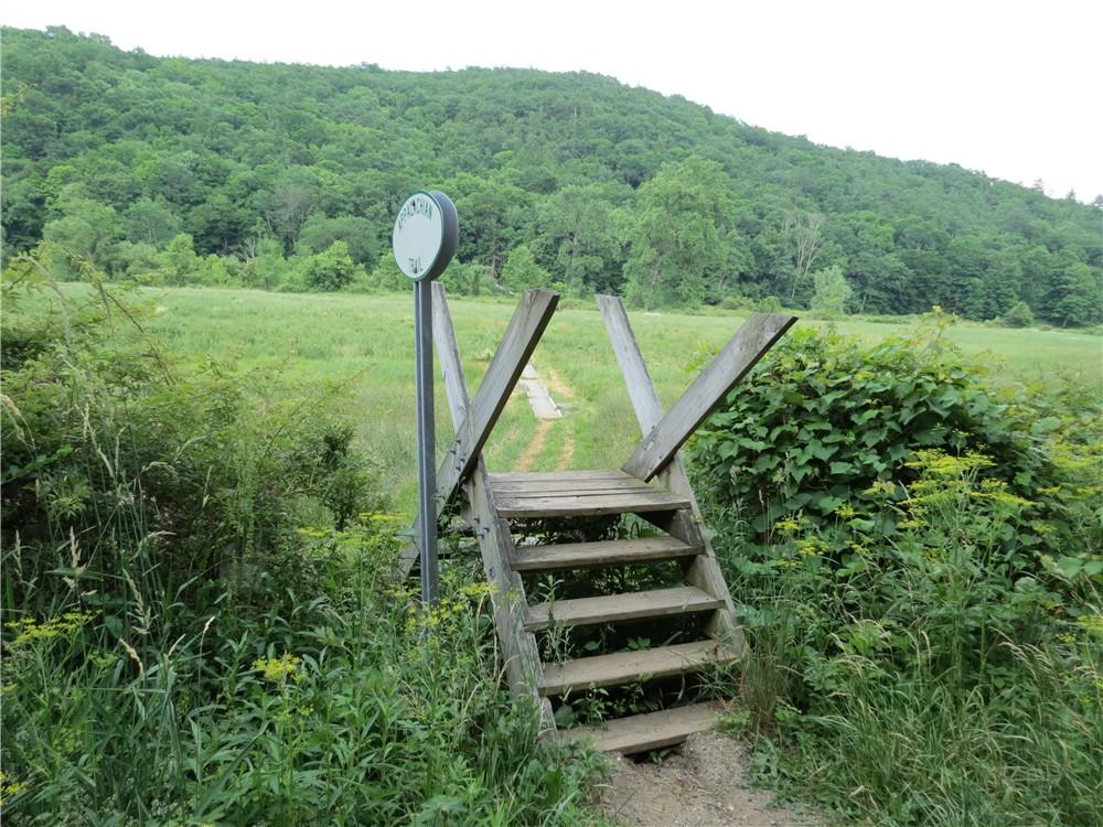 Gone Hikin\': Appalachian Trail, CT - Kent to Cornwall Bridge via ...