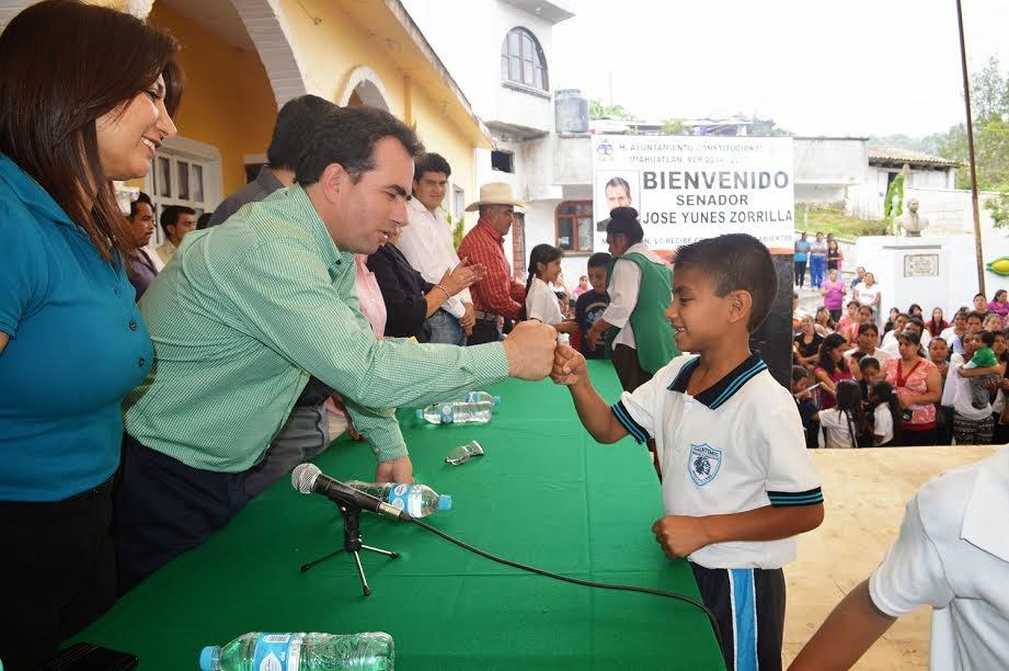 Me contrataron para ser Senador y servir a Veracruz: Pepe Yunes