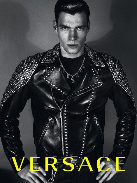 Ad Campaign Review: Versace Fall Winter 2012 | Ideas That ...