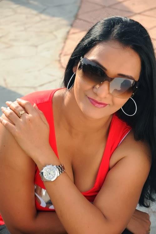 Has Telugu aunty boobs photos longer 10:23