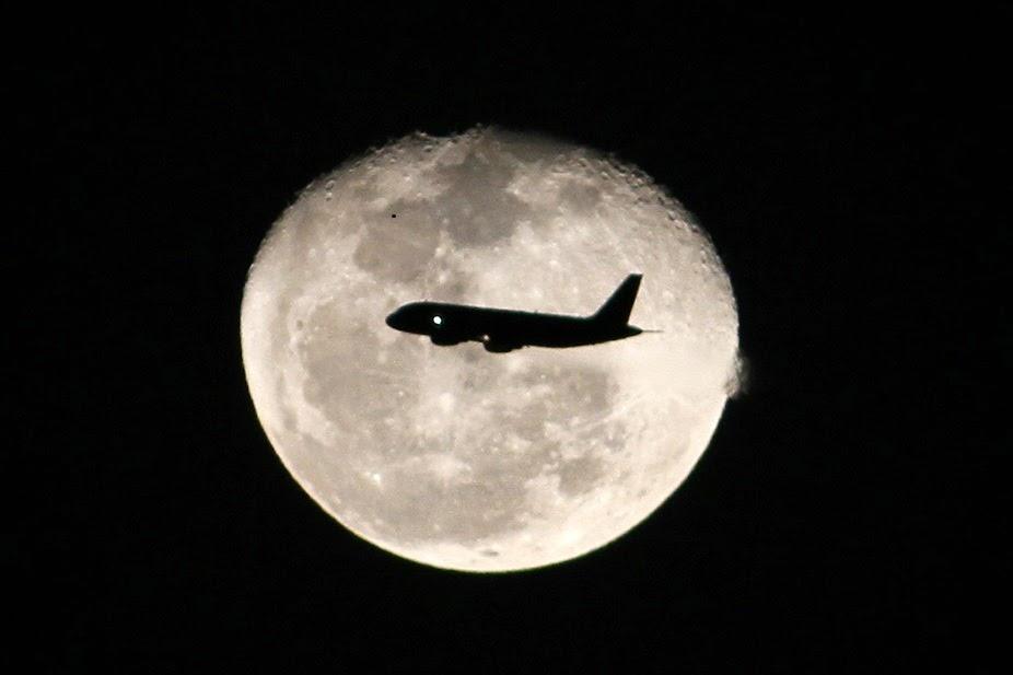 القمر وتاثيره على برج العقرب