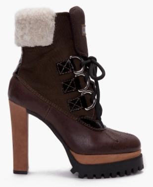todas as botas de madeira branca