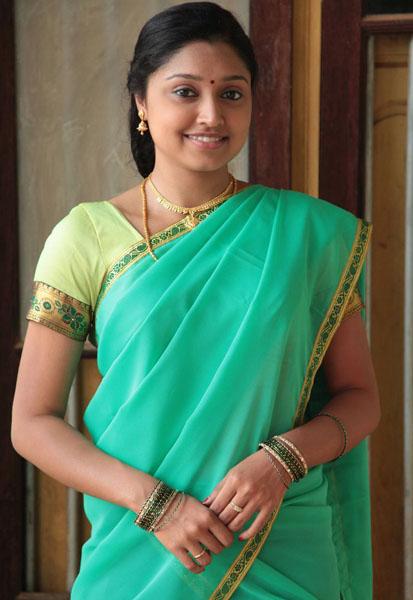 ela cheppanu (kozhi-koovuthu) movie heroine sreeja roj photos6