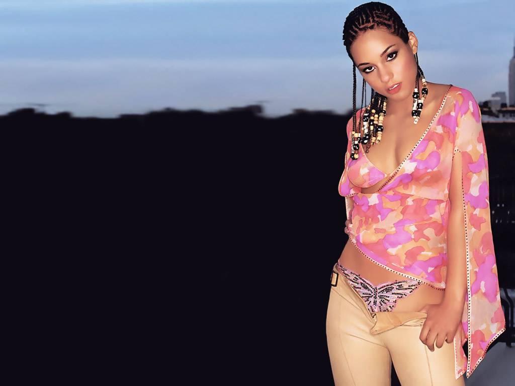 http://1.bp.blogspot.com/-glGFCRgNPJs/Thn8pTRokYI/AAAAAAAACEk/ltNzE--rtYs/s1600/Alicia-Keys-hot%25252Bstyle-694503.jpeg