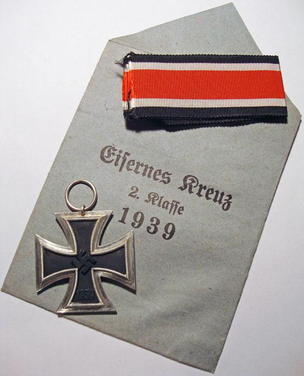 Cruz de hierro de Segunda clase sobre
