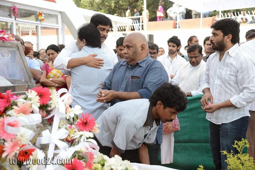 Last Regards to Akkineni Nageswara Rao-HQ-Photo-9