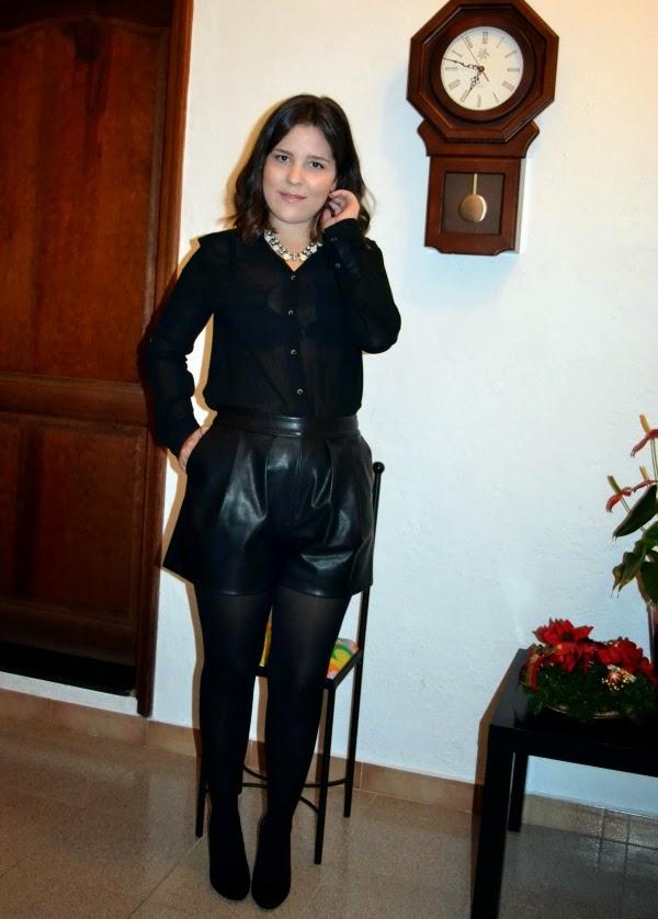 look_nochebuena_navidad_total_black_short_polipiel_lolalolailo_04