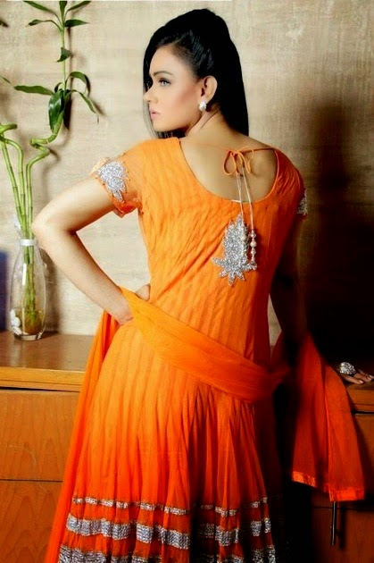 Pakistani Designer Suits - Huma Nassr