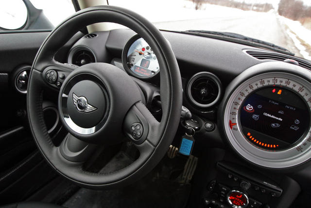 2011 mini cooper review new cars tuning specs photos. Black Bedroom Furniture Sets. Home Design Ideas