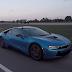 Test: Tesla Model S P85D vs. BMW i8 auf der Virtelmeile.