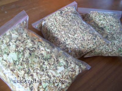 dried_cabbages_in_airtight_bag