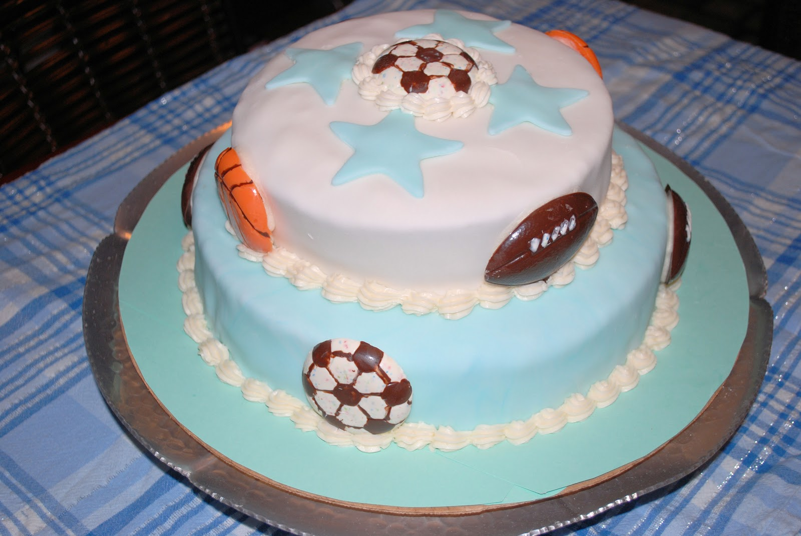 love bug living sports baby shower cake