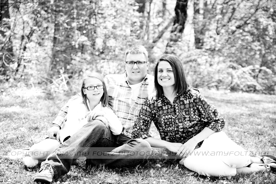 black and white family photo at Deming Park - Terre Haute Photographer