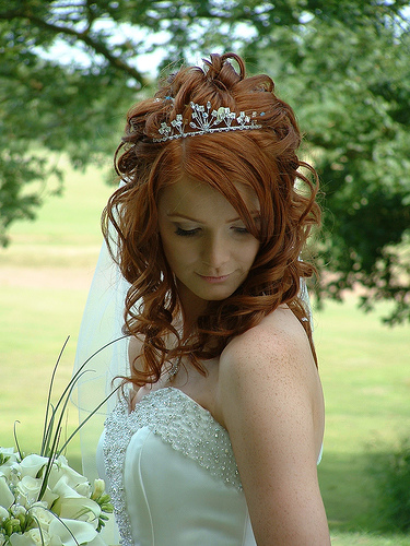 Wedding Hairstyles Down With Headband. Wedding Hairstyles with