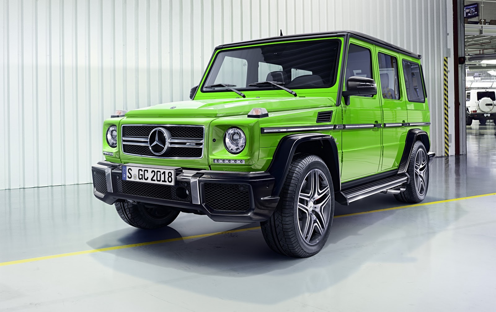 2016 mercedes benz g class gets new engines suspension and cosmetic upgrades carscoops. Black Bedroom Furniture Sets. Home Design Ideas